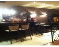 vacsora zeneszó mellett