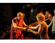 Szeretnék a dalai lámával kezet fogni!